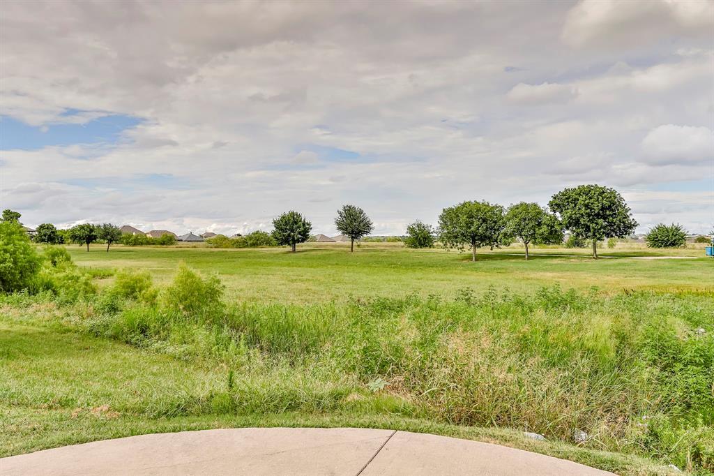 537 Tierra Vista  Way, Fort Worth, Texas 76131 - acquisto real estate mvp award real estate logan lawrence