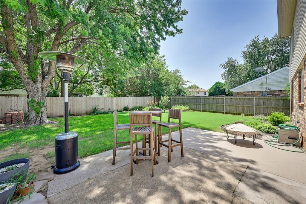 528 Yellowstone  Drive, Grapevine, Texas 76051 - acquisto real estate best negotiating realtor linda miller declutter realtor