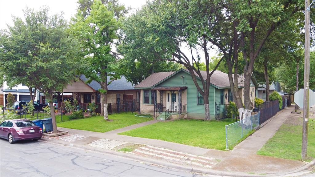 1001 Grandview  Avenue, Dallas, Texas 75223 - acquisto real estate best investor home specialist mike shepherd relocation expert