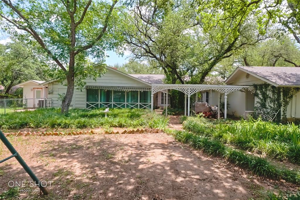 307 Hillcrest  Avenue, Eastland, Texas 76448 - acquisto real estate best real estate follow up system katy mcgillen
