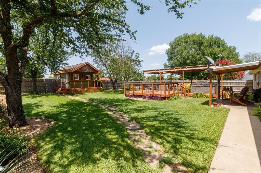 111 Suburban  Drive, Ovilla, Texas 75154 - acquisto real estate best photo company frisco 3d listings