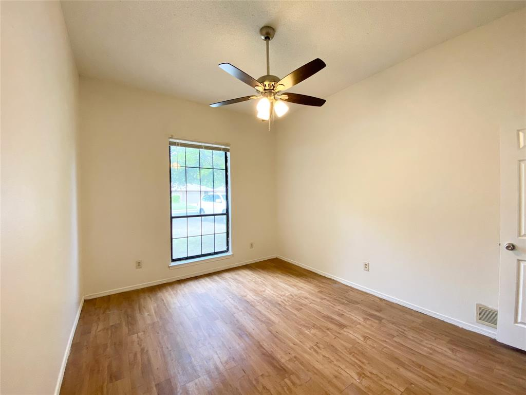 1244 Misty  Lane, Duncanville, Texas 75116 - acquisto real estate best new home sales realtor linda miller executor real estate
