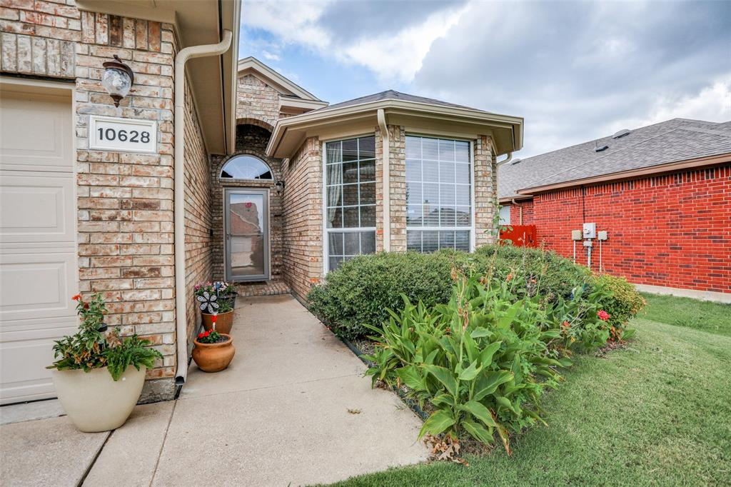 10628 Ashmore  Drive, Fort Worth, Texas 76131 - acquisto real estate best the colony realtor linda miller the bridges real estate