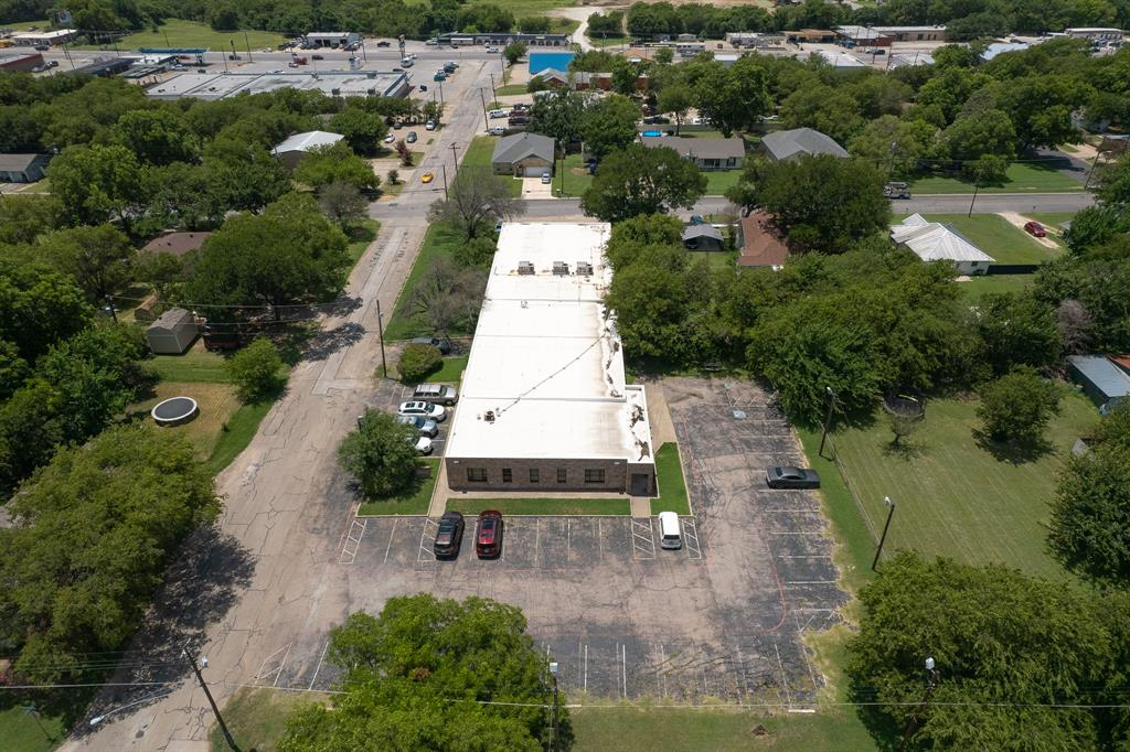 1300 Anglin  Street, Cleburne, Texas 76031 - acquisto real estate best photo company frisco 3d listings