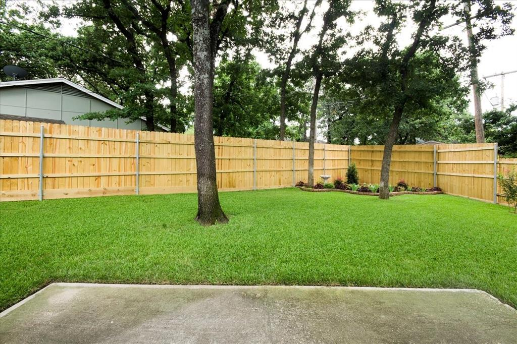 4700 Lone Oak  Drive, Arlington, Texas 76017 - acquisto real estate best park cities realtor kim miller best staging agent