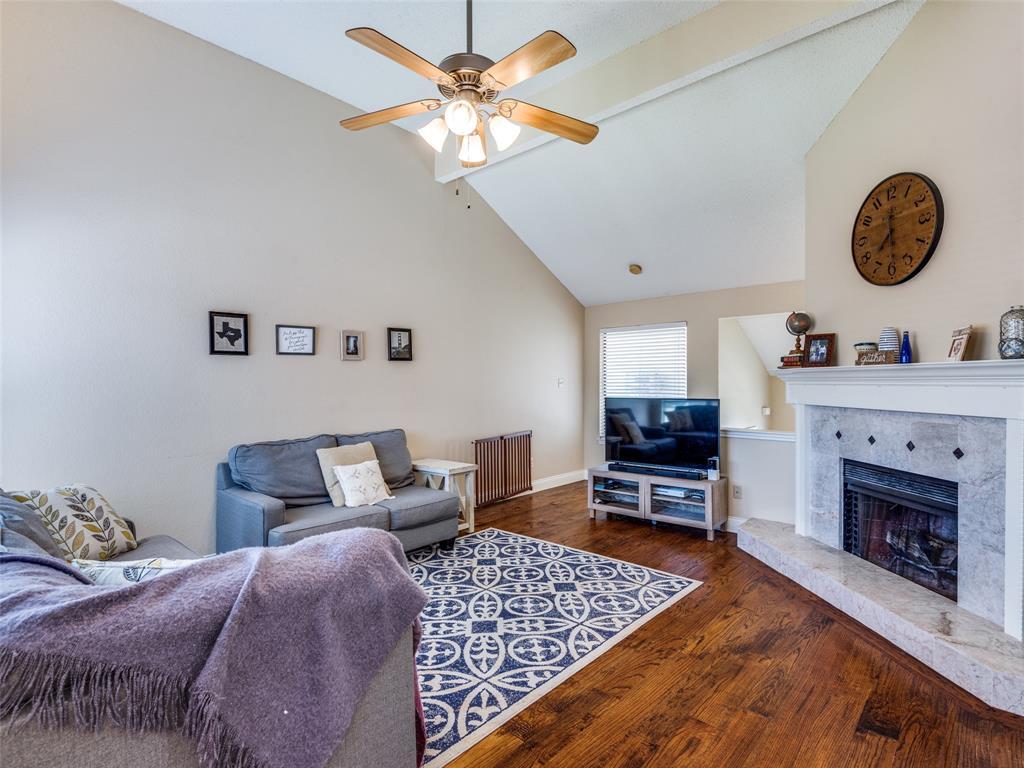 1607 San Francisco  Street, Carrollton, Texas 75007 - acquisto real estate best celina realtor logan lawrence best dressed realtor