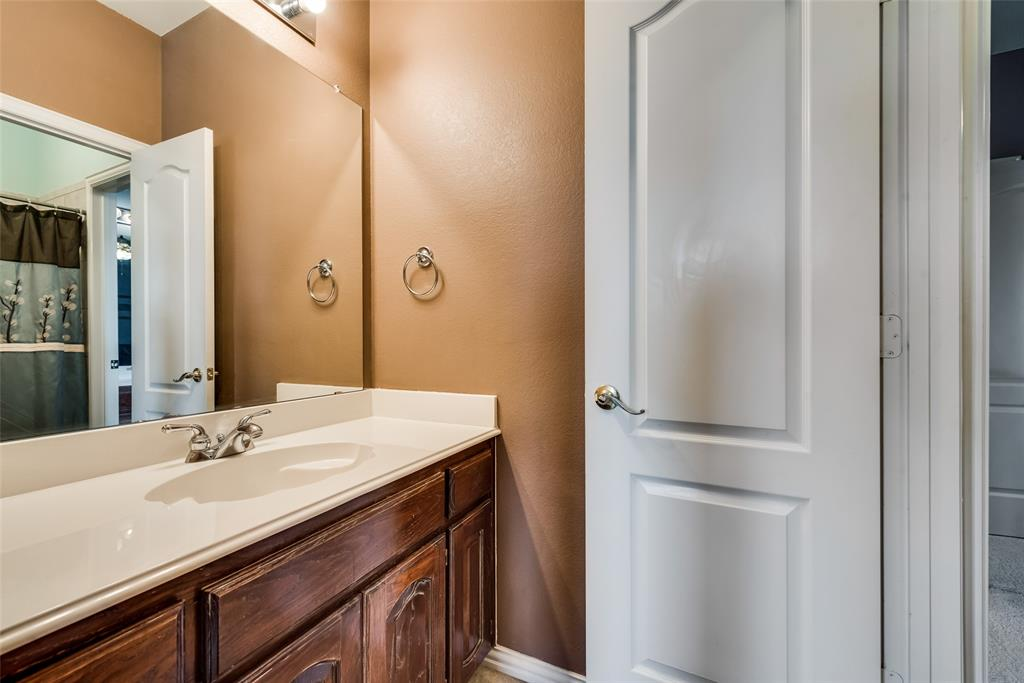 1205 Lone Star  Boulevard, Talty, Texas 75160 - acquisto real estate best park cities realtor kim miller best staging agent
