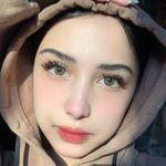 Azizah Putri Sahara عزيزة
