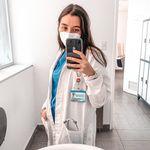 Carolina 🤍 Med Student 🥼