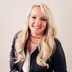 Trina Hopkins 🎉 Mom Blogger