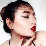 Deblina Rababi / Blogger