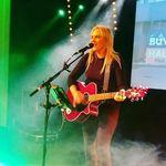 Eimhéar Ní Ghlacaín