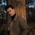 Joe Peters | London Blogger