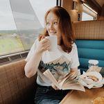Julia | Books & Travel