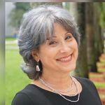 Elizabeth Quintanales