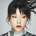 張 立 穎 // Li Ying