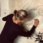 Lotte Oldfield  |  Artist