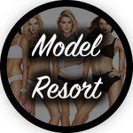 Model Resort 🌴