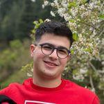 Mohamad     UI/UX Designer