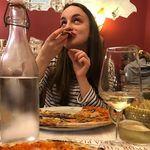 Rachel | Travel Foodie