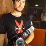 Roy_v_photographer