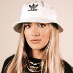 Ma Valeria Urdaneta - Blogger