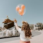 Traveling Red Balloon