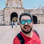 ABDEEL   Travel Blogger
