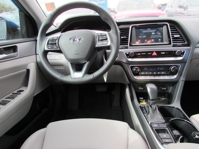 Hyundai Sonata 2019 5NPE34AF2KH772643