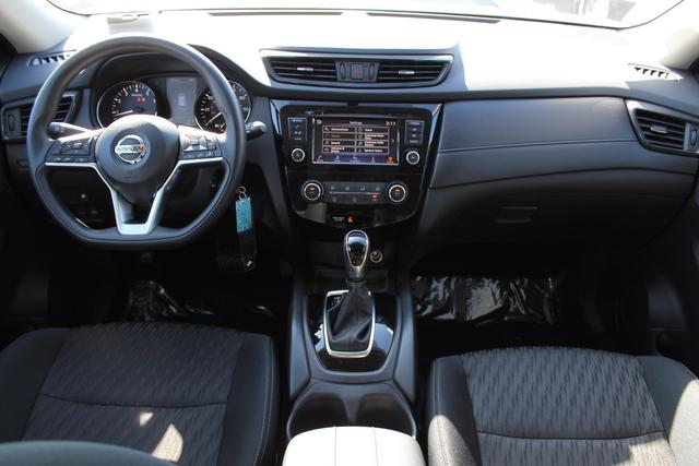 Nissan Rogue 2018 5N1AT2MV0JC732749