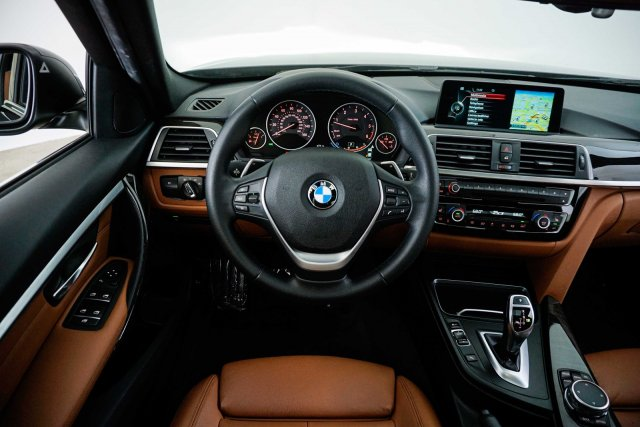 bmw-3-series-2016-WBA8E5C57GK388591-10.jpeg