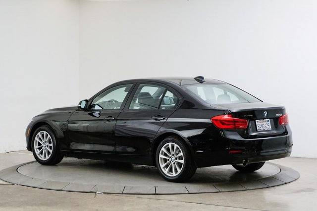 bmw-3-series-2017-WBA8A9C3XHK622645-3.jpeg