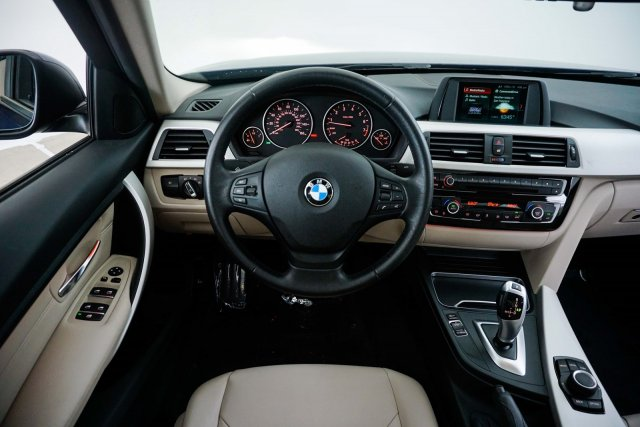 bmw-3-series-2018-WBA8A9C57JAC99929-10.jpeg