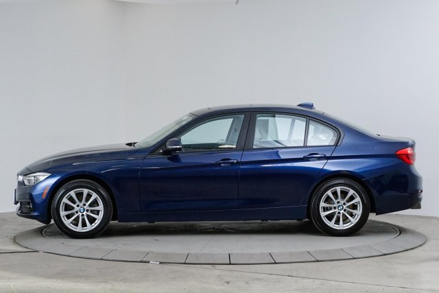 bmw-3-series-2018-WBA8A9C57JAC99929-2.jpeg
