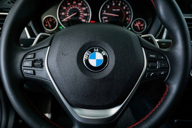bmw-3-series-2018-WBA8B9C56JEE81711-9.jpeg