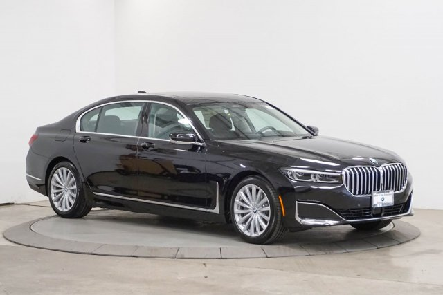 bmw-7-series-2020-WBA7W4C00LBM70633-7.jpeg