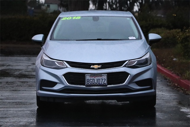 chevrolet-cruze-2018-3G1BE6SM9JS634116-4.jpeg