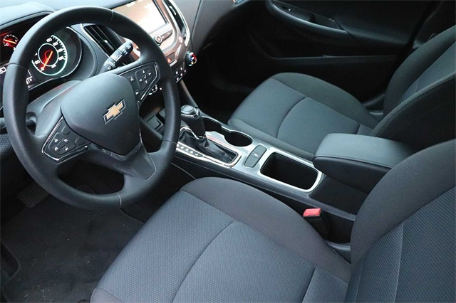 chevrolet-cruze-2018-3G1BE6SM9JS634116-8.jpeg