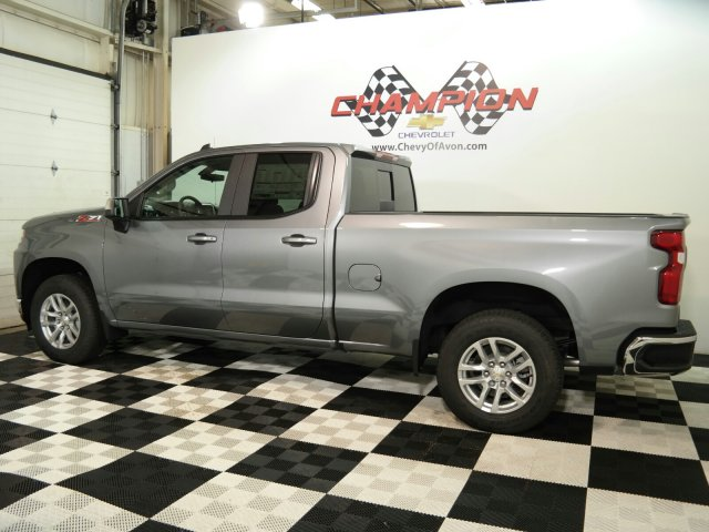 chevrolet-silverado-1500-2020-1GCRYDED7LZ115049-3.jpeg