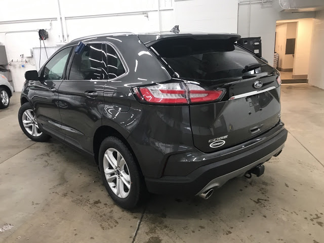 ford-edge-2020-2FMPK4J91LBA59182-4.jpeg