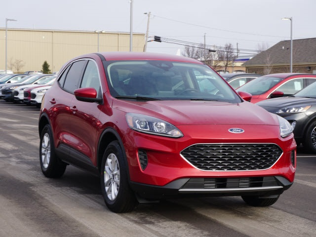 ford-escape-2020-1FMCU9G61LUA30228-3.jpeg