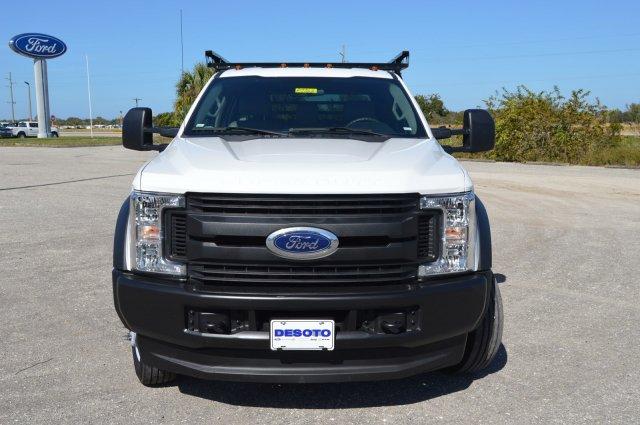 ford-super-duty-f-450-drw-2019-1FD0W4HT6KEE54985-8.jpeg