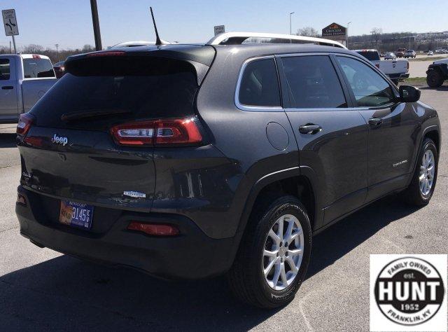 jeep-cherokee-2017-1C4PJMCB4HW626224-4.jpeg