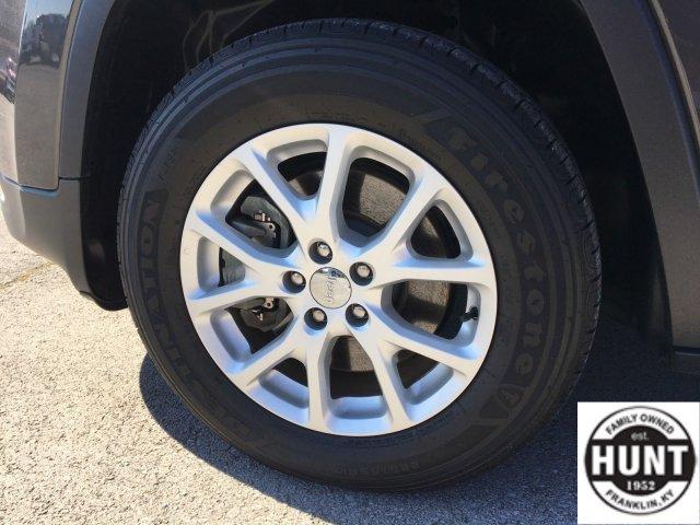 jeep-cherokee-2017-1C4PJMCB4HW626224-7.jpeg