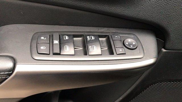 jeep-cherokee-2019-1C4PJMLB5KD319728-7.jpeg