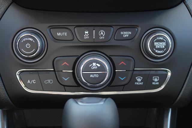 jeep-cherokee-2020-1C4PJLDB3LD544000-10.jpeg