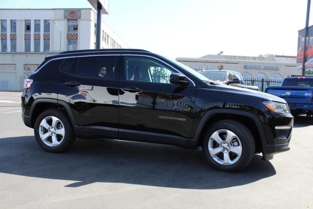 jeep-compass-2020-3C4NJCBB9LT141269-4.jpeg