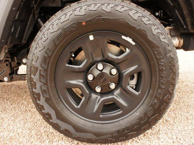 jeep-gladiator-2020-1C6HJTAG4LL173687-7.jpeg
