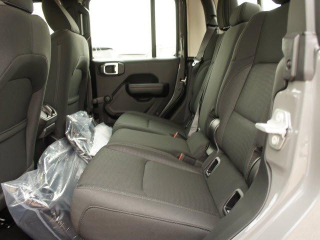 jeep-gladiator-2020-1C6HJTAG4LL173687-9.jpeg