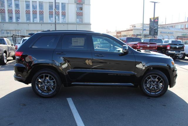jeep-grand-cherokee-2020-1C4RJEBG8LC182254-4.jpeg